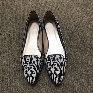 Shoes - EUC Flats from South Africa